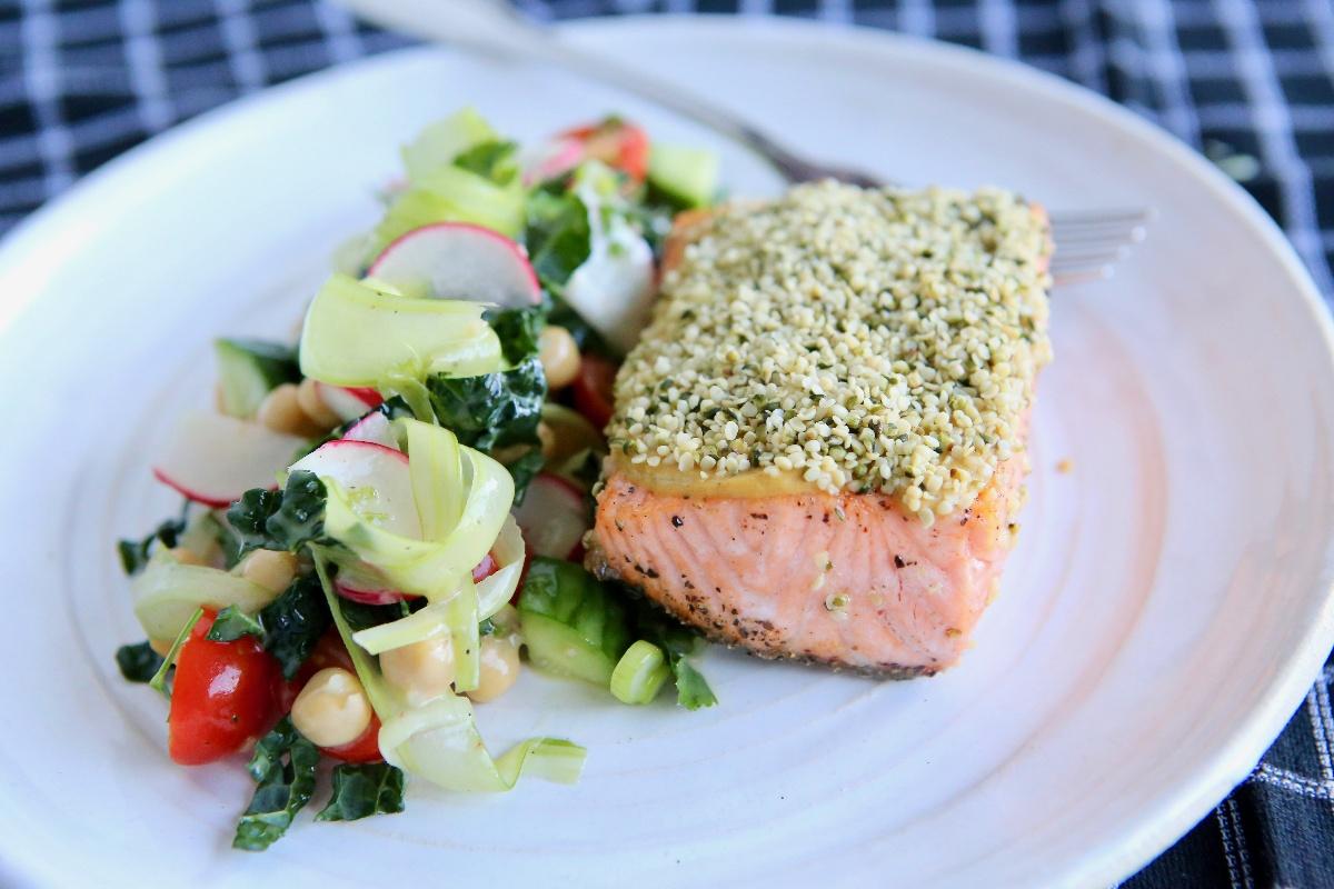 Toasted Hempseed Crusted Salmon Over Mediterranean Salad