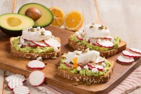 450x300 radish avocado toast with poached egg.jpg