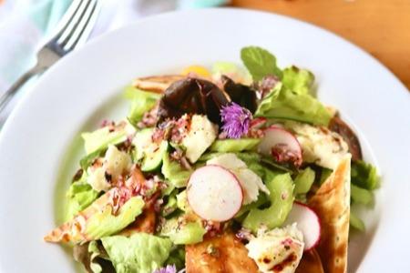 Grilled Halloumi Fatoush Salad3-1